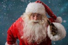 Santa Claus Running 01 150